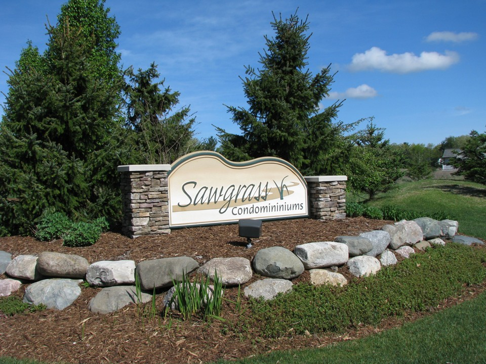 Sawgrass condos condominiums for sale in holland michigan for Tiny house holland michigan